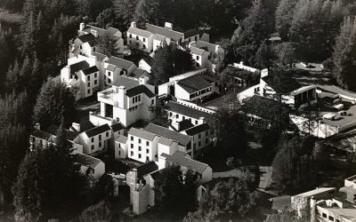Roots of Crown College: An Unexpected Flourishing of the Sciences